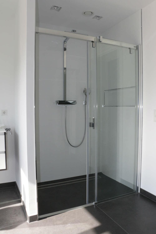 Dusche Fliesen Mit Gef?lle : Bodenebene Dusche f?r Komfort wie im Hotel ? Franke-Raumwert