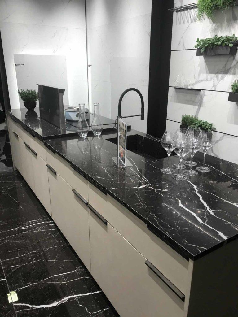 Marmor: Evergreen für Bäder, Küchen und Accessoires - Franke Raumwert